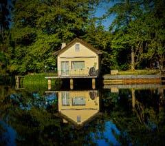 Haus am See...... (Bild: Stepahn Lendi)
