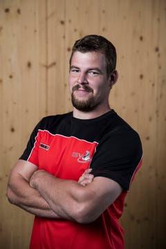 Stefan Heinzer Geburtsdatum: 1. 4. 1990Wohnort: Muotathal Beruf: Schreiner/Landwirt Grösse/Gewicht: 187 cm/110 kg Anzahl Kränze: 11/1