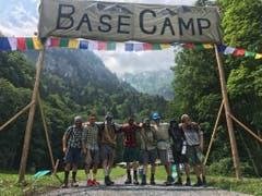 Die Bergführer der Jungwacht Altishofen stehen für die anreisenden Gipfelstürmer bereit.Lagerbild: Jungwacht Altishofen (Lungern, 9. Juli 2019)