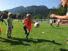 Die Junioren des FC Buttisholz arbeiten beim Training fleissig an ihren Ballkünsten. (Bild: FC Buttisholz, Bad Ragaz, 4. August 2019)