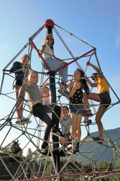 Kletterspass: Wie wohl die Aussicht von dort oben ist? (Bild: Spono Eagles Nottwil, Stans, 5. August 2019)