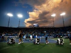 Das Wetter sorgte für eine einstündige Unterbrechung von Federers Partie (Bild: KEYSTONE/AP The Cincinnati Enquirer/SAM GREENE)