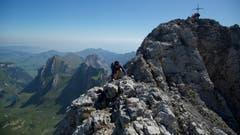 Gipfelkreuz Altmann. (Bild: Hans Aeschlimann)