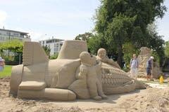 Skulptur «Ein Abschied von den Waffen» am Freitagnachmittag. (Bild: Sheila Eggmann)