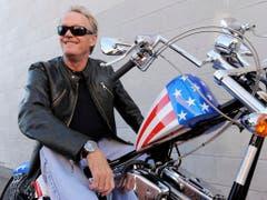 1969 wurde Peter Fonda als Motorradfreak «Captain America» in dem Kult-Streifen «Easy Rider» zum Idol der Hippie-Bewegung. (Bild: KEYSTONE/AP/CHRIS PIZZELLO)