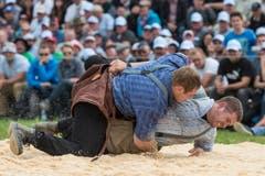 Er gewann damals im Schlussgang gegen seinen Verbandskollegen Adrian Steinauer. (Bild: Alessandro della Valle/Keystone, Plaffeien, 21. Juni 2015)