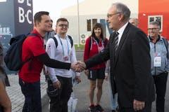 Bundesrat Guy Parmelin besuchte Patrick Grepper und die Schweizer Delegation an der Berufs-WM. (Bild: Swiss Skills)