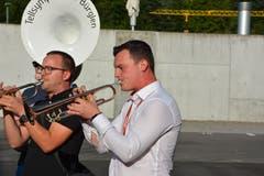 Patrick Grepper gibt mit der Tellsymphonie ein Ständchen . (Bild: Christian Tschümperlin, 29.8.2019)