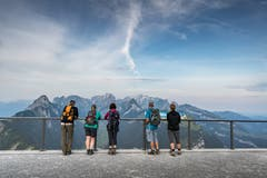 Wanderer auf dem Hohen Kasten. (Bild: Michel Canonica)