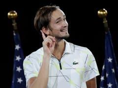 Interessierter Beobachter: Die neue Nummer 4 Daniil Medwedew verpasste am US Open seinen ersten Grand-Slam-Titel gegen Nadal nur knapp. Der Russe freut sich, dem Dreikampf der drei Giganten zusehen zu können (Bild: KEYSTONE/FR110666 AP/ADAM HUNGER)