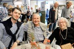 Paul und Rosmarie Thalmann aus Trübbach haben ihren in Singapur wohnhaften Enkel Gian-Luca Thalmann (links) an der Wiga empfangen.