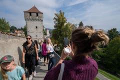 Die neun Türme scheinen ein beliebtes Fotosujet zu sein. (Bild: Eveline Beerkircher, Luzern, 14. September 2019)