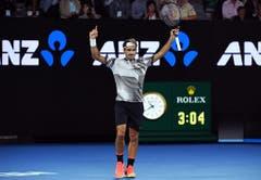 2017: Halbfinal Australian Open: Federer s. Wawrinka 7:5, 6:3, 1:6, 4:6, 6:3In einem dreistündigen Abnützungskampf behält Federer bei seinem Grand-Slam-Comeback die Oberhand. Zudem besiegt er den Wawrinka-Fluch. Noch nie hatte er bis zu diesem Turnier einen Grand-Slam-Titel an sich reissen können, nachdem er seinen Landsmann ausgeschaltet hatte. Im darauffolgenden Final bezwingt Federer Dauerrivale Nadal ebenfalls in fünf elektrisierenden Sätzen.