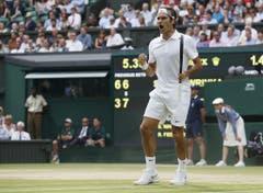2014: Viertelfinal Wimbledon: Federer s. Wawrinka 3:6, 7:6 (7:5), 6:4, 6:4Zum ersten Mal kann Wawrinka Federer an einem Grand Slam einen Satz abnehmen. Dennoch jubelt am Ende der «Rasenkönig». Er zieht dank einem Vier-Satz-Sieg in den Halbfinal ein, wo er Milos Raonic ausschaltet und zum Schluss gegen Novak Djokovic den Final verliert. (Bild: Keystone)