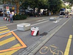 Die Stadt verspricht sich von der Fahrbahnverengung mehr Sicherheit für die den Oberen Graben querenden Fussgängerinnen und Fussgänger.