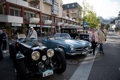 Ein Bentley 124 (links) und Benz 190. (Bild: Corinne Glanzmann, Horw, 22. September 2019)
