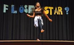 Tänzerische Einlage bei der schulinternen Talentshow. (Bilder: Corinne Hanselmann)