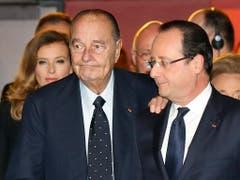 Der französische Ex-Präsident Jacques Chirac unterstützte bei der Präsidentenwahl 2012 überraschenderweise François Hollande und nicht seinen einstigen politischen Ziehsohn Nicolas Sarkozy. (Bild: KEYSTONE/AP POOL Reuters/JACKY NAEGELEN)