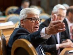Einer von 48: Ständerat Peter Föhn (SVP/SZ) tritt nicht zur Wiederwahl an. (Bild: KEYSTONE/PETER KLAUNZER)