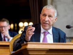 Einer von 48: Ständerat Konrad Graber (CVP/LU) tritt nicht zur Wiederwahl an. (Bild: KEYSTONE/ANTHONY ANEX)