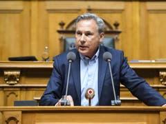 Einer von 48: Nationalrat Adrian Amstutz (SVP/BE) tritt nicht zur Wiederwahl an. (Bild: KEYSTONE/ANTHONY ANEX)