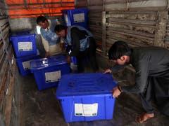 In Afghanistan sind an diesem Samstag mehr als 9,6 Millionen Menschen aufgerufen, einen neuen Präsidenten zu wählen. (Bild: KEYSTONE/AP/RAHMAT GUL)