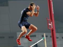 Renaud Lavillenie kann es nicht fassen (Bild: KEYSTONE/EPA/ALI HAIDER)