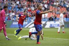 Basels Arthur Cabral jubelt nach seinem Tor zum 2-0. (Bild: KEYSTONE/Peter Klaunzer, Basel, 29.09.2019)