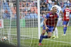 Basels Arthur Cabral jubelt nach seinem Tor zum 2-0. (Bild: KEYSTONE/Peter Klaunzer)
