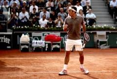 2019: Viertelfinal French Open: Federer s. Wawrinka 7:6 (7:5), 4:6, 7:6 (7:4), 6:4Ein Gewitter, das für einen einstündigen Unterbruch sorgt, kann Federer im Endeffekt ebenso wenig stoppen wie sein Gegenüber, Stan Wawrinka. Federer macht damit den Traum-Halbfinal gegen Rafael Nadal perfekt, in dem er aber selbst den Kürzeren zieht. (Bild: Keystone)