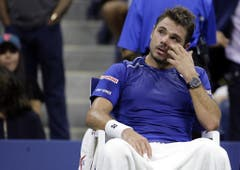 2015: Halbfinal US Open: Federer s. Wawrinka 6:4, 6:3, 6:1Auch das nächste Duell der beiden findet im Rahmen eines Grand Slams statt, allerdings mit einem weniger erfreuten Wawrinka als noch in Paris. Federer braucht für den Finaleinzug nur gerade 92 Minuten, scheitert dort aber an neuerlich an Djokovic, weil er nur 4 von 23 Breakchancen nutzt. (Bild: Keystone)