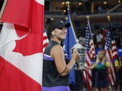 Kanada zeigt dem grossen Nachbarn den Meister: Der Sieg am US Open war nicht nur Bianca Andreescus erster Major-Titel, sondern auch der erste für Kanada (Männer und Frauen) (Bild: KEYSTONE/EPA/JUSTIN LANE)