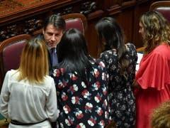 Das italienische Abgeordnetenhaus hat dem neuen Kabinett von Ministerpräsident Giuseppe Conte das Vertrauen ausgesprochen. (Bild: KEYSTONE/EPA ANSA/ALESSANDRO DI MEO)