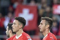 Mario Gavranovic (r.) trifft zum Endresultat - 4:0 für die Schweiz. (Bild: Keystone)