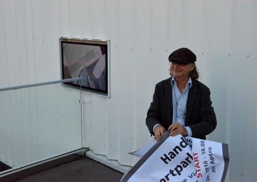 Christoph Rütimann erklärt seine Installation (Bilder: Christoph Heer)