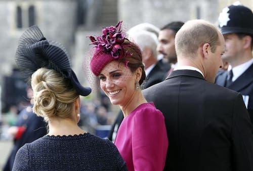 Sophie, Countess of Wessex (links) mit Kate, Duchess of Cambridge, und Prinz William. (Bild: Gareth Fuller/Pool via AP (Windsor, 12. Oktober 2018))