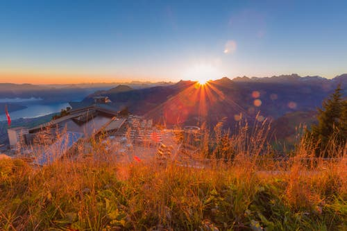 Der Sonnenaufgang von heute Sonntag auf dem Stanserhorn. (Bild: Rolf Kälin (14. Oktober 2018))