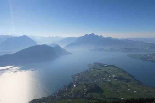 Alpen- und Seenland Schweiz vom Rigi-Känzeli aus gesehen. (Bild: Edi Ulmi (Rigi, 14. Oktober 2018))