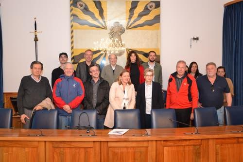 Besuch aus Südamerika: Regierungsrätin Z'graggen mit Nationalrätin Gabi Huber und einer Delegation aus Uruguay. (Bild: Mario Wittenwiler (Altdorf, 22. September 2012))