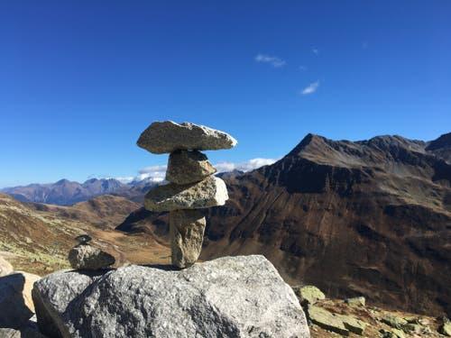 Nätschen Richtung Oberalp mit neuen Anlagen, wir freuen uns auf den Powder. (Bild: Claudia Bonetti Walker (Nätschen, 14. Oktober 2018))