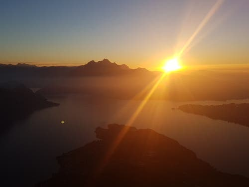 Sonnenuntergang. (Claude Veltin (Rigi Chänzeli, 16. Oktober 2018))