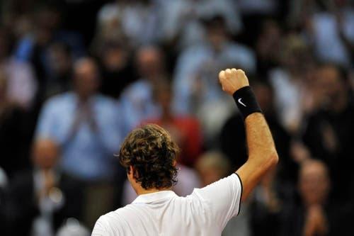 2008 - Roger Federer gewinnt das Finalspiel gegen den Argentinier David Nalbandian. (KEYSTONE/Georgios Kefalas)