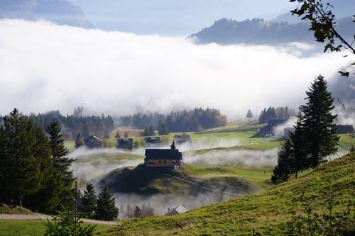 Nebelmeer auf dem Stoos. (Bild: Martin Küttel, 20. Oktober 2018)