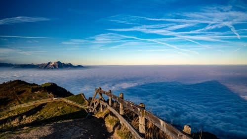 Toller Blick über das Nebelmeer Richtung Pilatus. (Bild: Stefan Kunz (Rigi, 21. Oktober 2018))