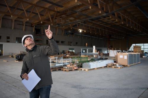 Max Kohlbrenner, Bauleiter der Strüby Holzbau AG Seewen. Bild: Corinne Glanzmann (Buochs, 23. Oktober 2018)
