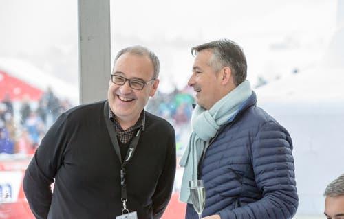 Bundesrat Guy Parmelin mit Hans Wicki im VIP-Zelt des Weltcup-Skispringens in Engelberg. (Bild: André A. Niederberger (16. Dezember 2018))