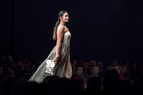 «Fashion Day» im Luzerner Saal des KKL: Zahlreiche Models präsentierten vielfältige Eigenkreationen von Luzerner Modedesignern. (Bild: Pius Amrein, 24. Oktober 2018)