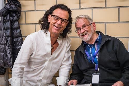 Franz Griesbacher von den Paldauern zusammen mit dem Journalisten der Zuger Zeitung, Martin Mühlebach. (Bild: Christian H. Hildebrand (Baar, 27. Oktober 2018))