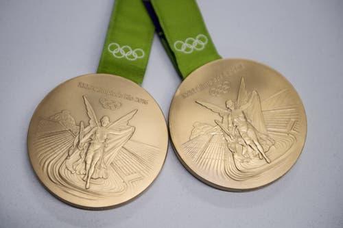 Mit dabei: die beiden olympischen Goldmedaillen. (Bild: Pius Amrein (Luzern, 24. August 2018))