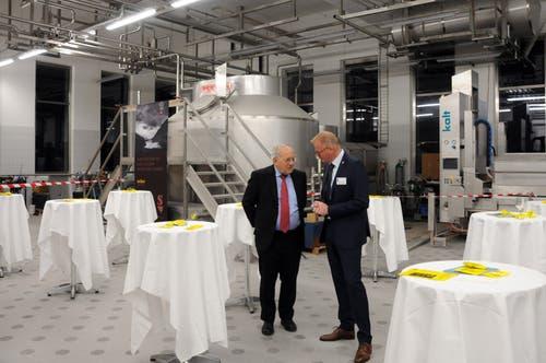 Besuch von Bundesrat Johann Schneider-Ammann am FDP-Partetag Obwalden in der Käserei Seiler in Giswil. Hier mit VR-Präsident Hansruedi Aggeler.(Bild: Markus von Rotz (Giswil, 31. Oktober 2018))